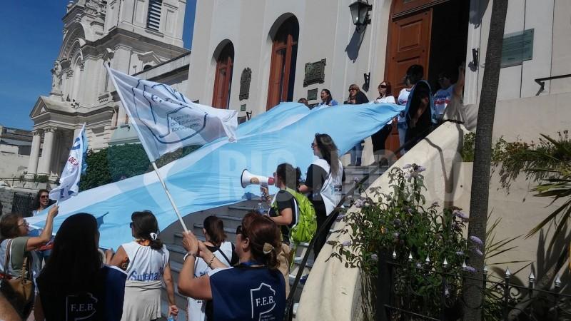 PATAGONES, marcha, SUTEBA