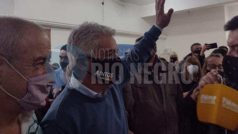 JOSE LUIS ZARA, JULIO COSTANTINO, PASO
