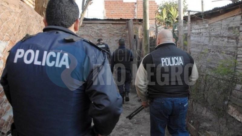 policia, allanamiento, PATAGONES