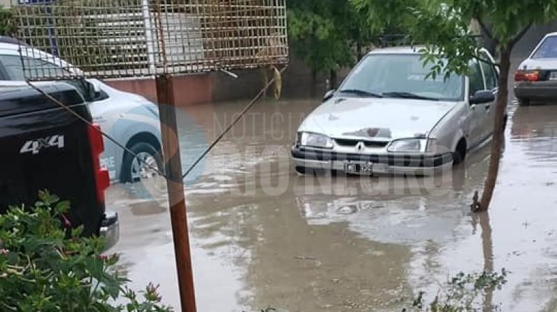 calle rio limay, anegamiento, lluvia
