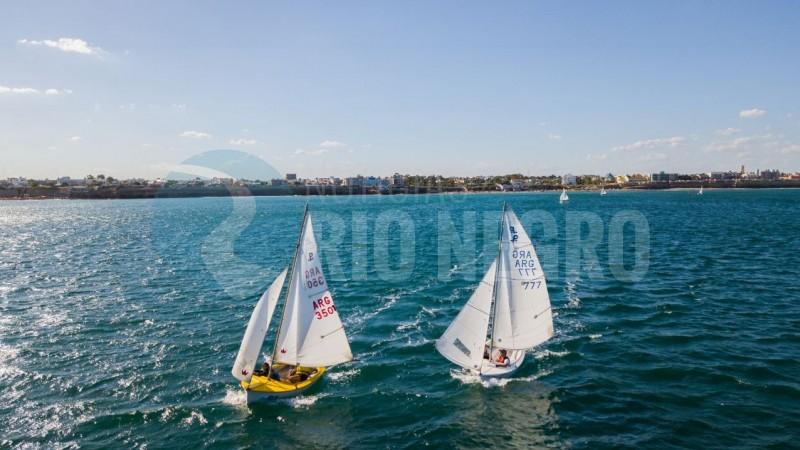 Las Grutas, veleros