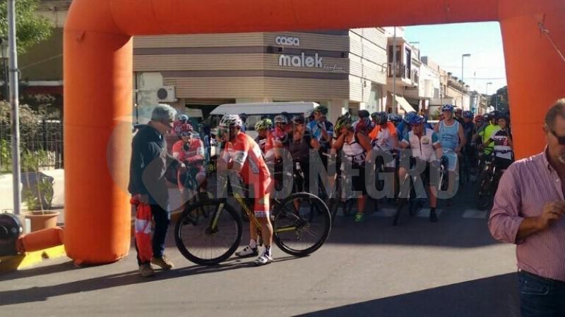 travesia ciclistica, PATAGONES, FIESTA DE LA SOBERANIA