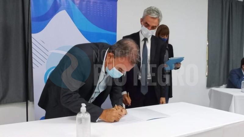 pedro pesatti, firma, Mario Meoni