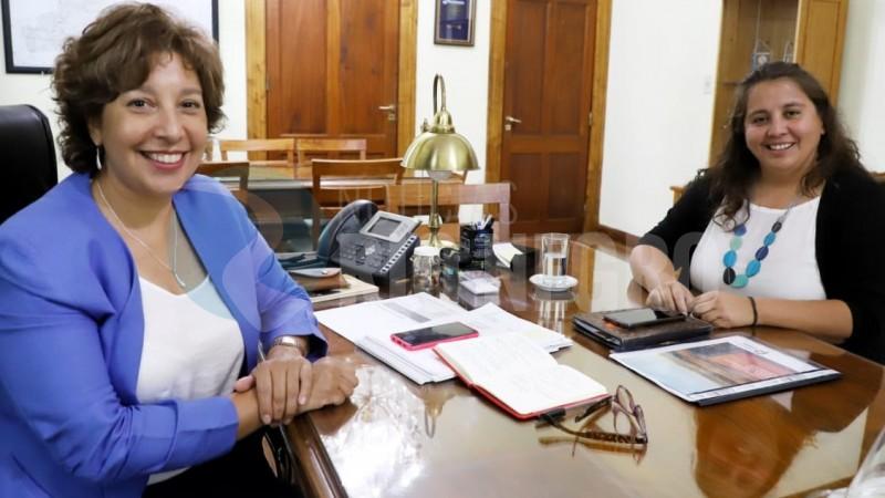 Claudia Contreras, arabela carreras
