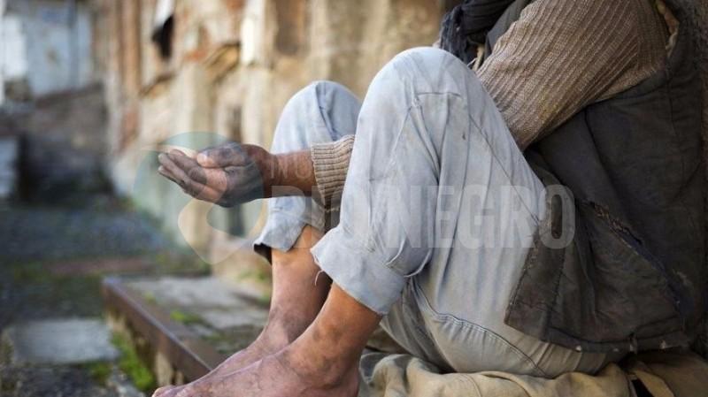 mendigo, situación de calle, limosna