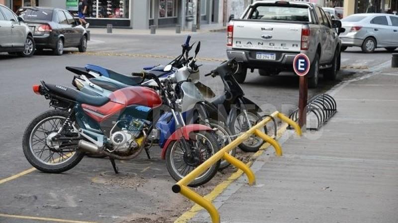 estacionamiento, motos