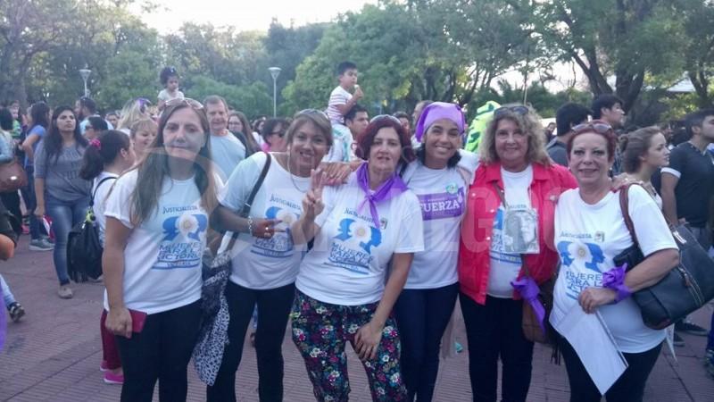 mujeres, marcha, viedma