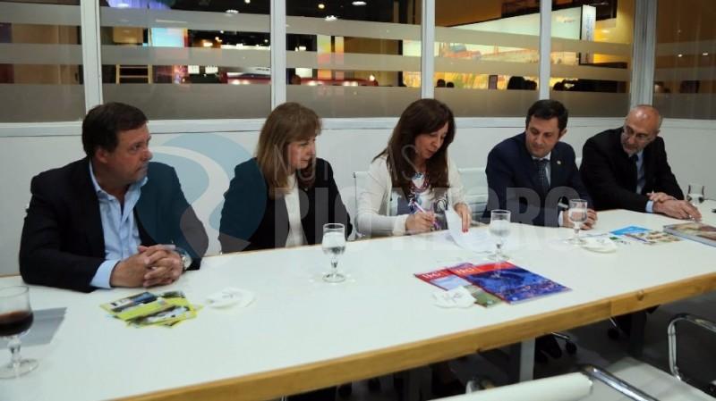 Weretilneck, arabela carreras, Graciela Fresno, Roberto Bruzzone