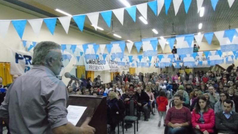 acto, RICARDO CURETTI, PASO