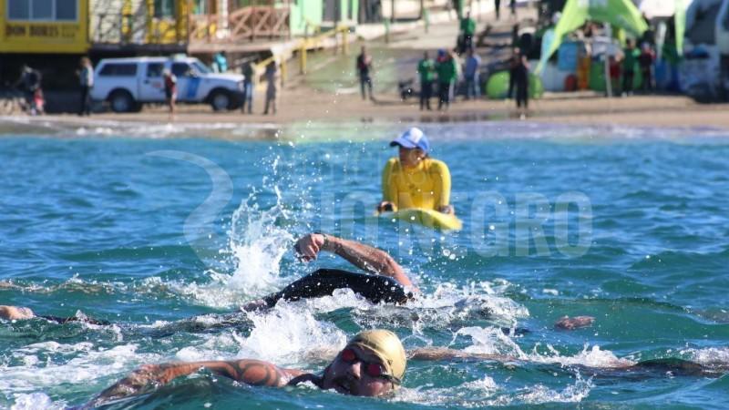 Las Grutas, nadadores