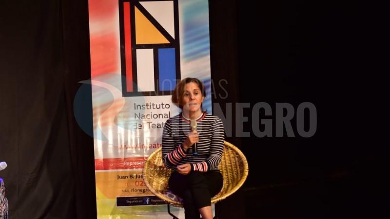 Laura Vinaya
