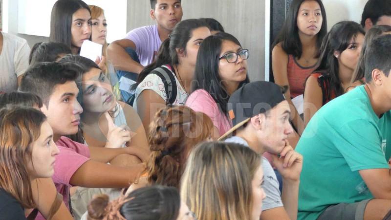 alumnos, universidad nacional de río negro