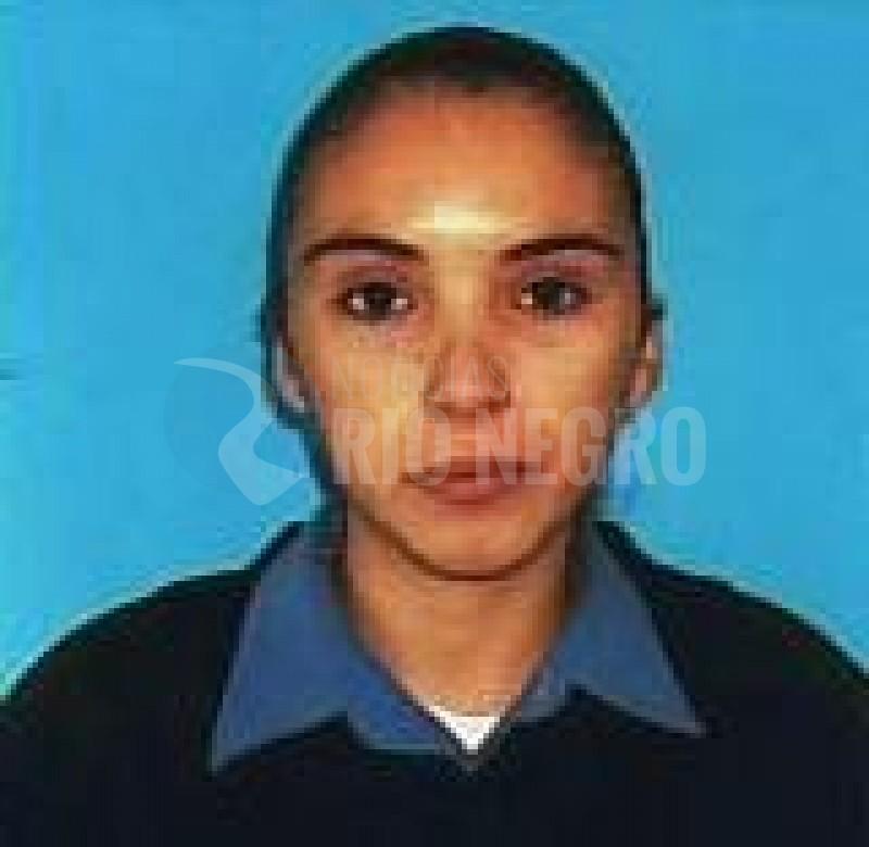 mujer policia, Macarena Beatriz Contreras