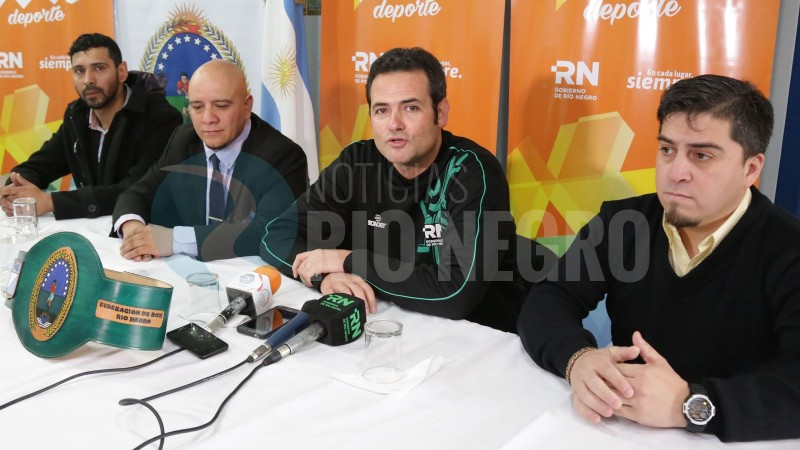 Juan Pablo Muena, Cristian Bahamonde, Carlos Arrative