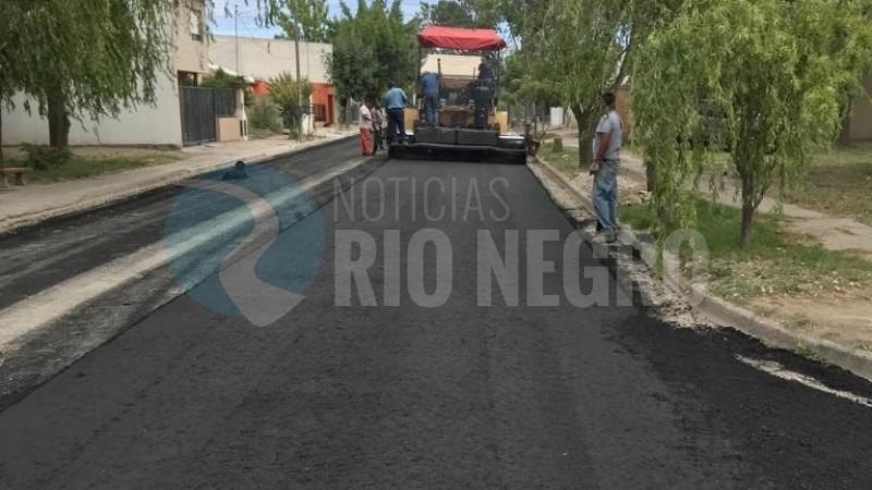BARRIO LAS FLORES, asfalto, pavimento