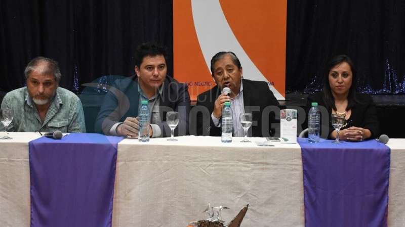 luis ojeda, Guillermo Masch, Nadina Gutiérrez, Claudio Barbieri