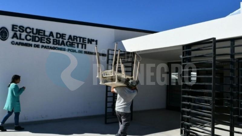 PATAGONES, escuela de arte, muebles