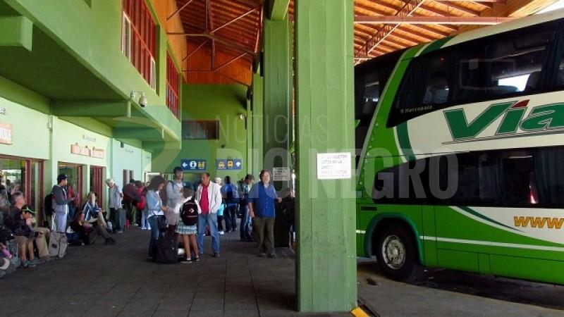 bariloche, terminal de omnibus