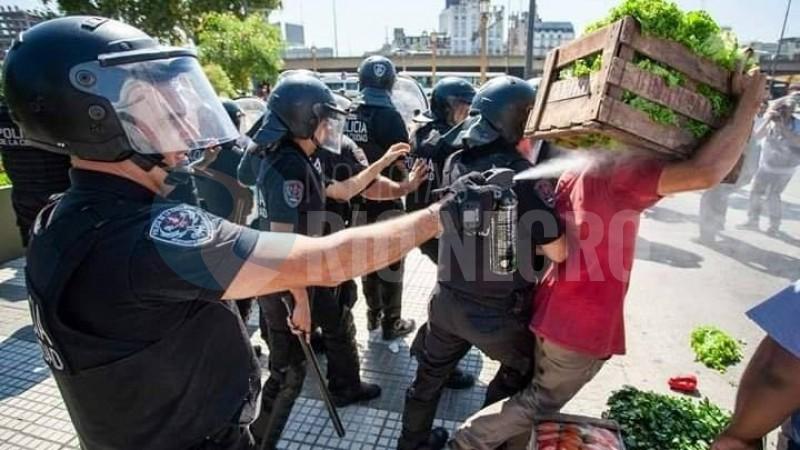 PROTESTA, feria, represion policial