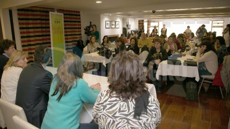 docentes debate ambiental