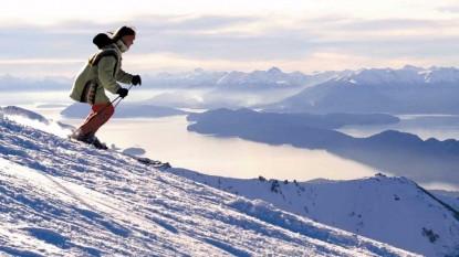 esquiando nieve paisaje