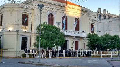 Casa De Gobierno, vallas