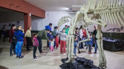 museo dinosaurios valcheta