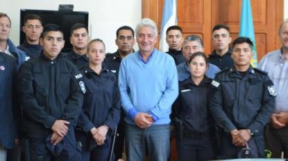 JOSE LUIS ZARA, policias