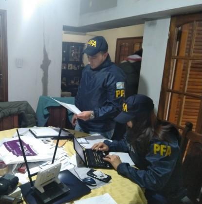 policias, grooming