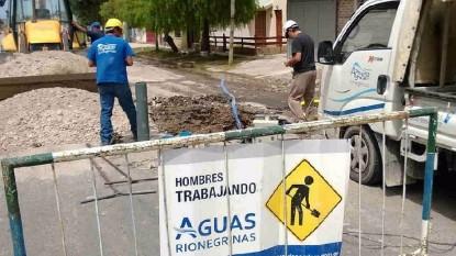aguas rionegrinas trabajando