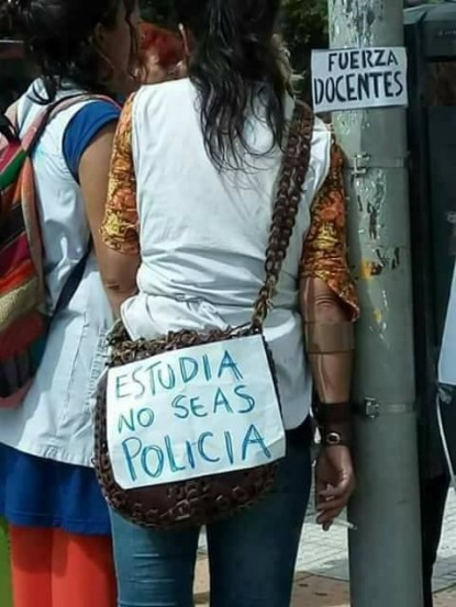docente, policia