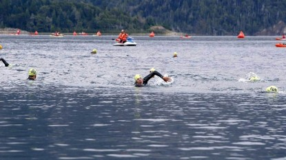 ironman, competencia, carrera nado