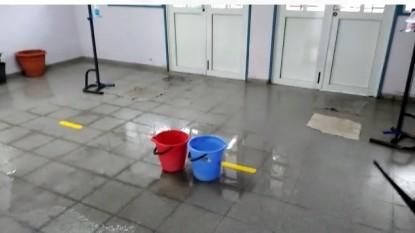 escuela, lluvia, goteras