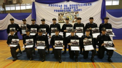 Egreso policias Bariloche
