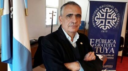 Gustavo Crisafulli, universidad del comahue
