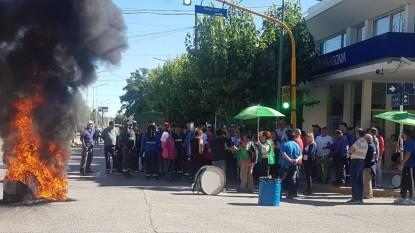 ATE, PROTESTA, municipalidad, allen
