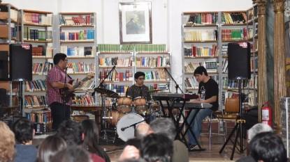mothu musical biblioteca mitre