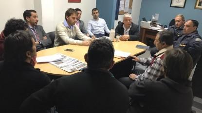 reunión, gobierno, taxistas