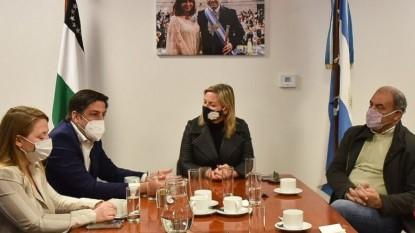 ANA MARKS, Nicolás Trotta, maria eugenia martini, anselmo torres