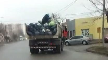 CINCO SALTOS, camion, residuos