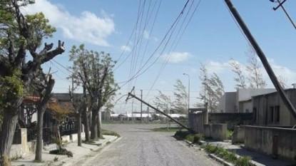 luz, viento, postes, barrio ippv