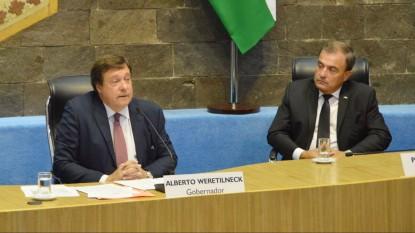 Weretilneck, Pesatti, apertura sesiones