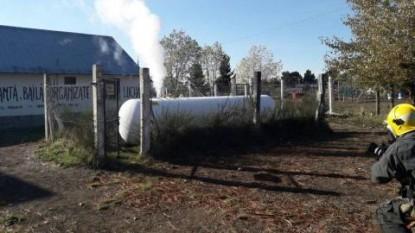 bariloche, gas, zeppelin, escuela 154