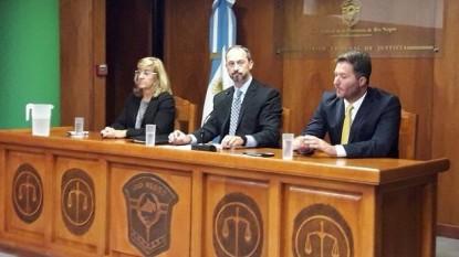 ignacio gandolfi, Itziar Soly, Juan Martín Brussino Kain