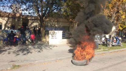 protesta quema gomas