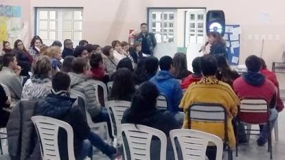 charla taller comunitario