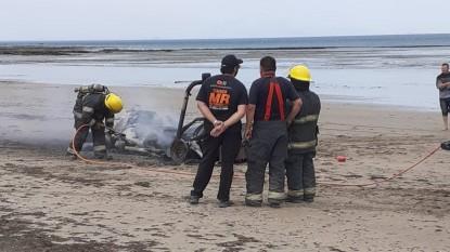 Las Grutas, incendio, playa, todo terreno
