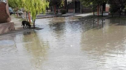 calle inundada, viedma