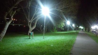 costanera, viedma, luminaria, luces led