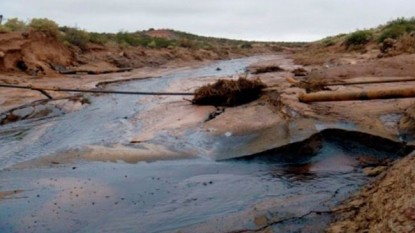 rio colorado, derrame petroleo